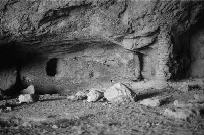 grotta-dellarsenale-resti-del-ninfeo-romano-foto-p-arcucci