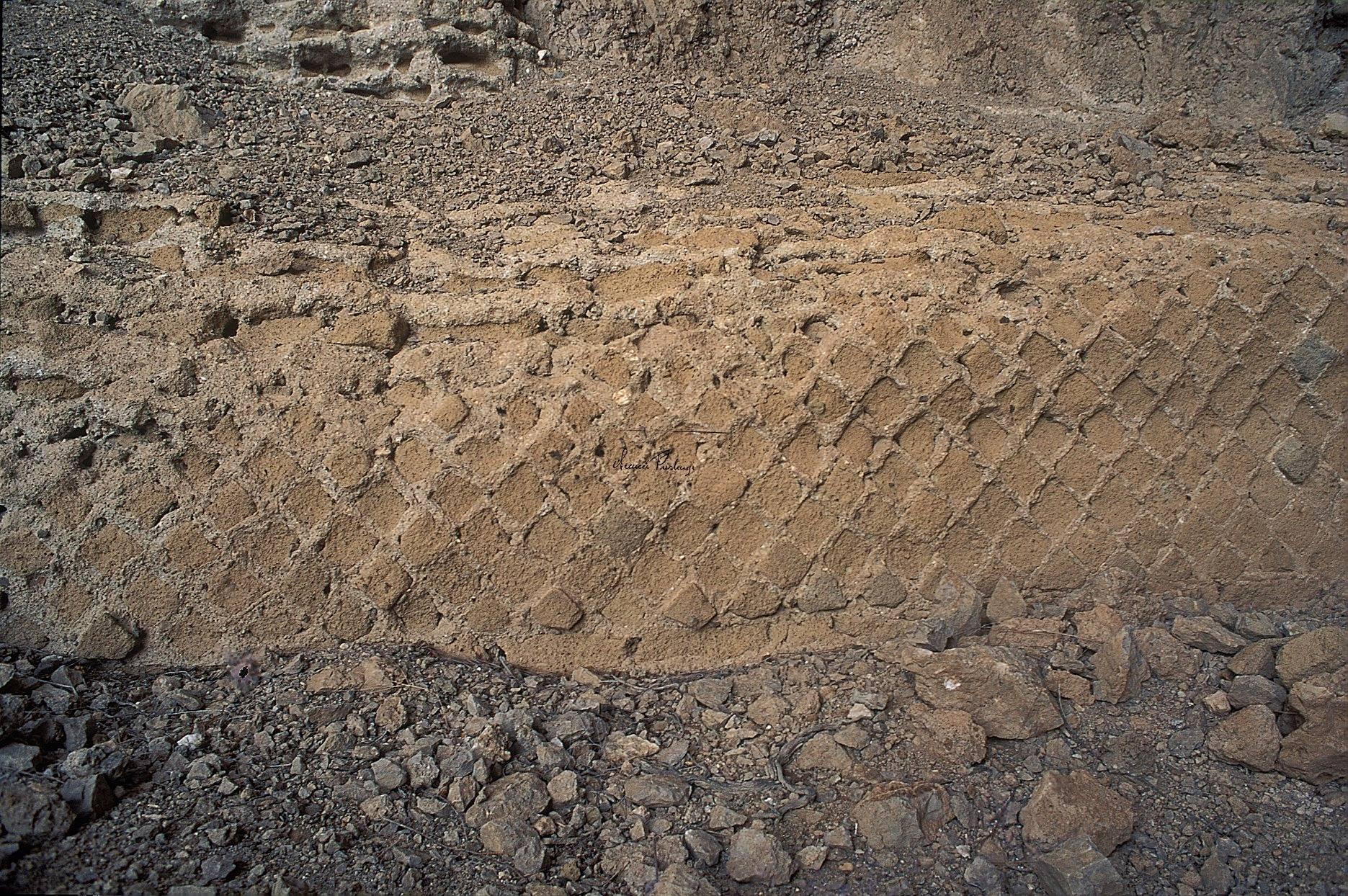 grotta-del-castiglione-resti-di-opus-reticulatum-romano