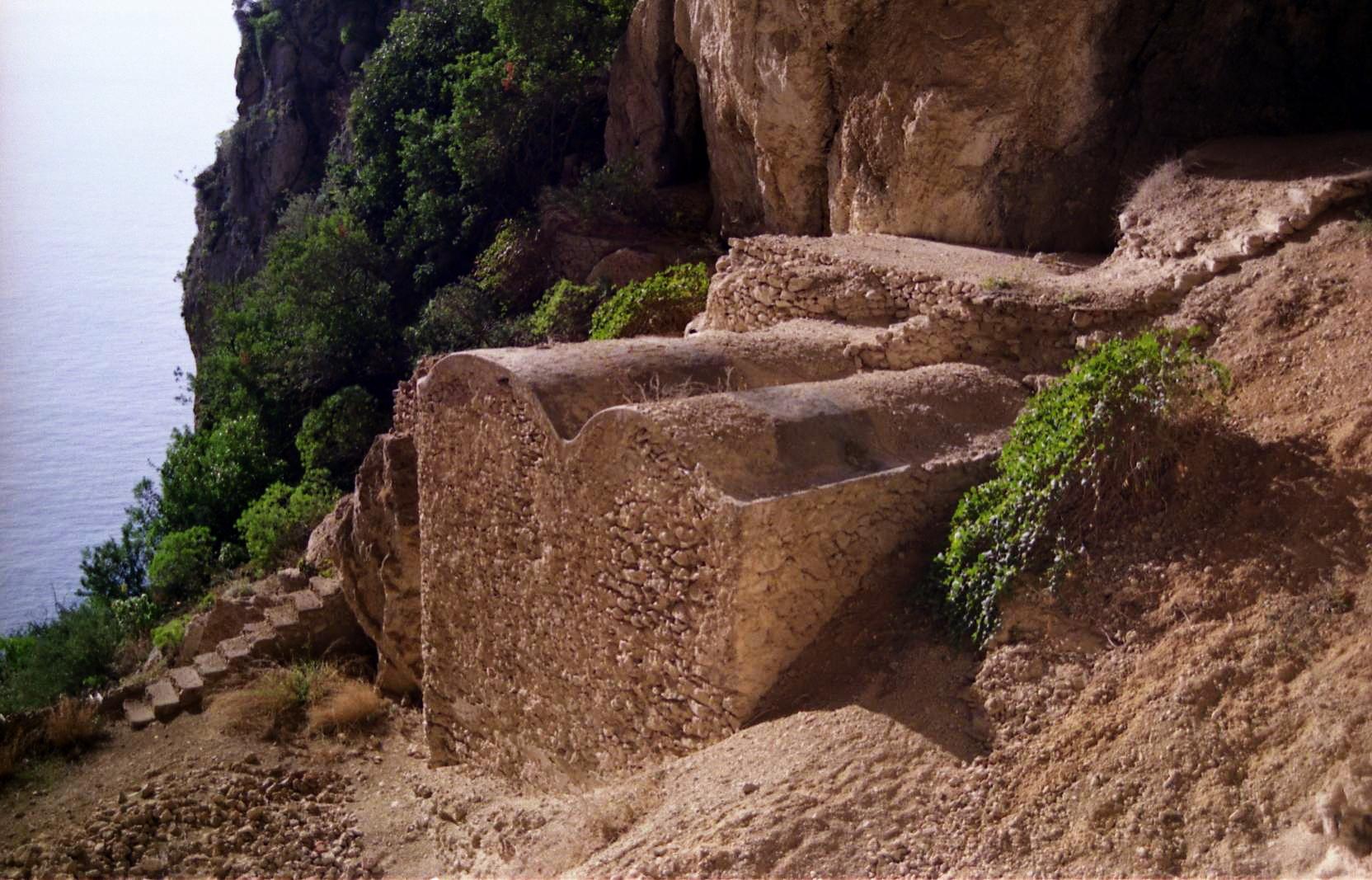 grotta-del-castiglione-cisterne-romane